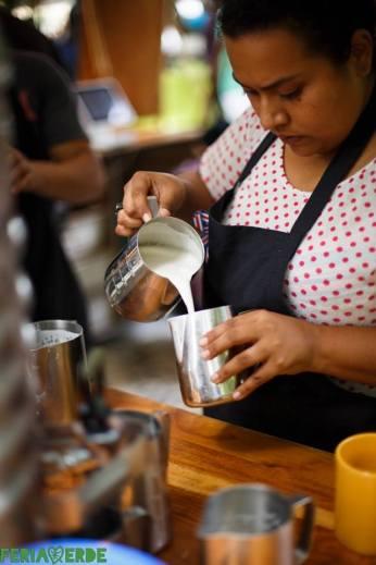 Adri Ugalde, la barista a cargo de Taza Amarilla