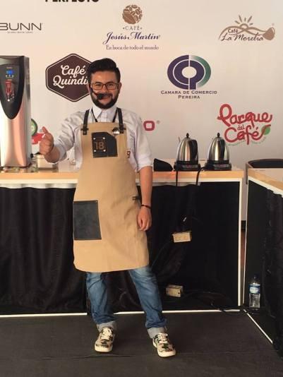 Diego Ospina identificado con su patrocinador Café 18. Foto: Yo Amo el Café de Colombia